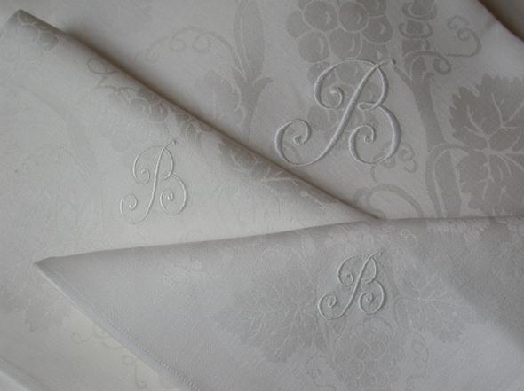 monogram-borduren-B