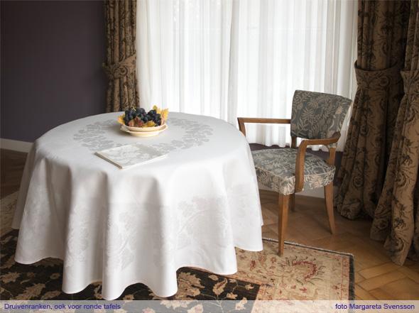 druivenranken-damast-ronde-tafels
